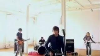 Boys Like Girls - Hero Herorine (Official Music Video)
