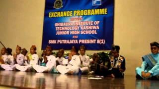 Dikir Barat Wau Bulan 2011 - SMK Putrajaya Presint 8(1)