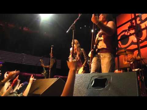 Louna - Время X (Live, Донецк, Чикаго, 16.04.2013)