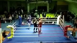 Бой Кучерова Алексея и Чернышова Игоря