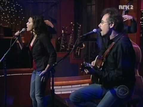 Little Willies (Norah Jones) - It's Not You, It's Me (live, Letterman, 2006)