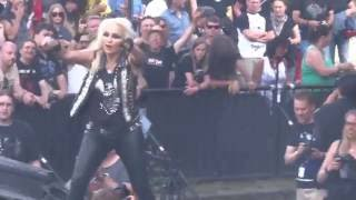 DORO - Burning The Witches, live Rockfels 2016