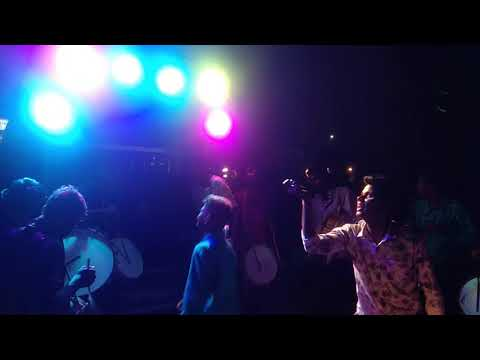 Yellu vachi godaramma yella killa padanmo song by vignesh pad band yapral 2k19..plz giv ur feedback.