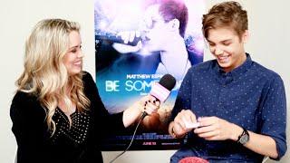 Justine Magazine: Matthew Espinosa & Sarah Jefrrey Play Singing Game!