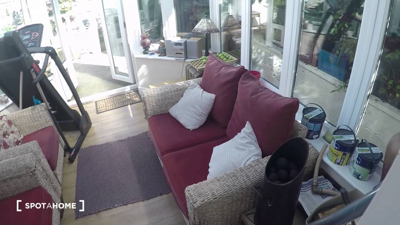 Rooms to rent for postgraduates in shared, 3-bedroom house with garden in Howth