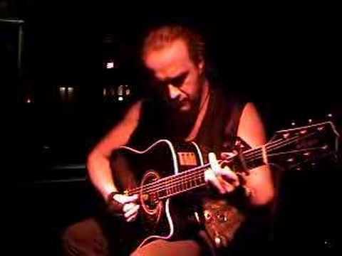VIC SAUL SOLO Guitar Instrumental www.myspace.com/victorsaul