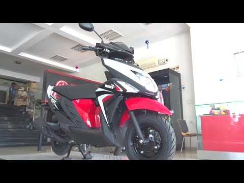 #ScooterFest: Yamaha Cygnus Ray ZR First Ride, Walkaround Review (2 colours)