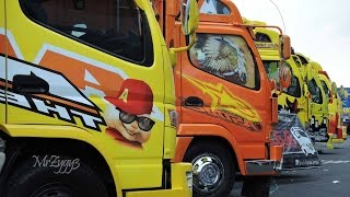 Gambar cover KAMT Mitsubishi Fuso Canter Isuzu Elf Truck Festival Custom Modification