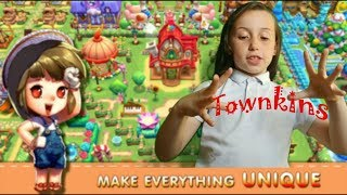Tilly plays townkins