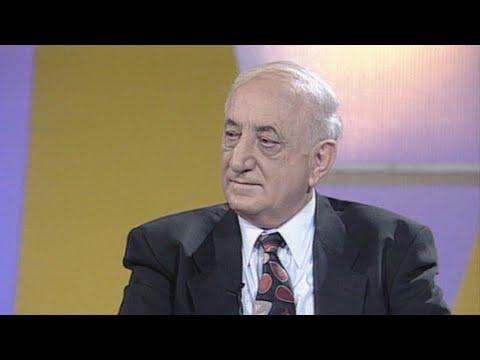 """כתבה המסכמת את פועלו של יעקב אגמון ז""""ל, מאנשי התרבות החשובים בארץ"""