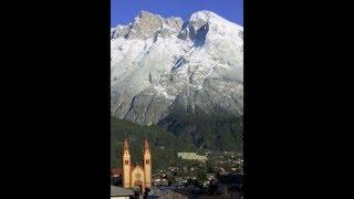 preview picture of video 'Sonnenaufgang über Telfs in Tirol und der Hohen Munde'