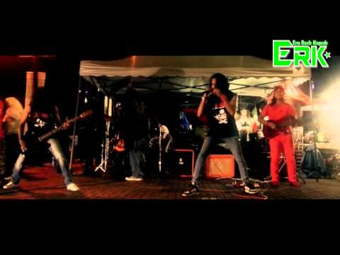 Hotbrains - Bujang Senang (Wings Cover)