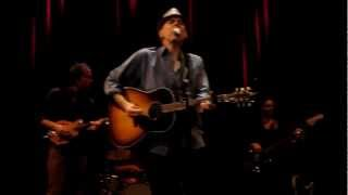 John Hiatt & The Combo - Crossing Muddy Waters (live 2012)