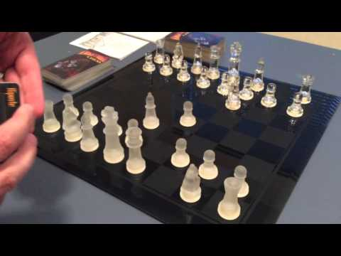 Knightmare Chess unboxing.