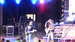 "3 Doors Down ""One Light"" Clarkston, Michigan 6/27/12 concert live"