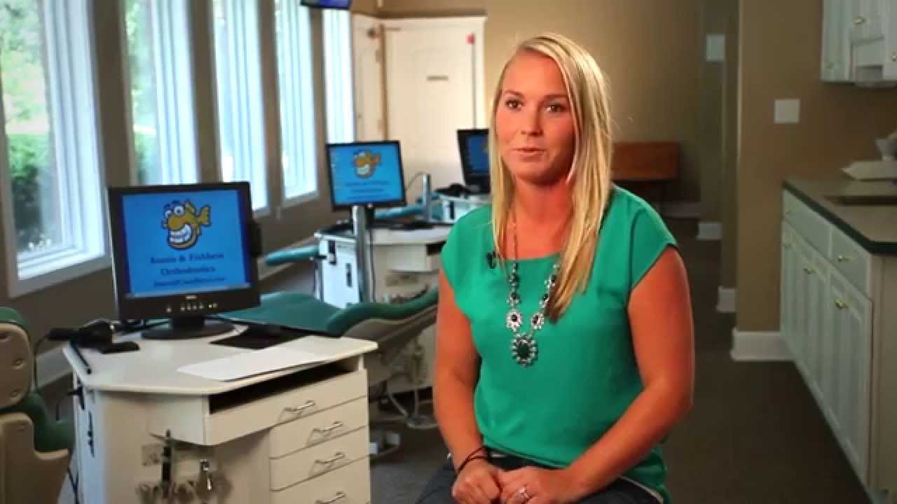 Hear about Olivia's experience at Fishbein Orthodontics