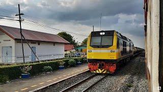 preview picture of video 'รถจักร CSR ทำขบวนรถน้ำมันดิบผ่านสถานีห้วยเกตุ'