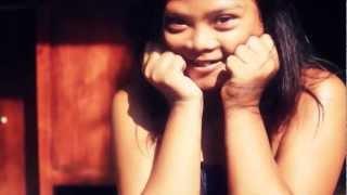 Gambar cover Dialog Dini Hari - Pelangi (Official Music Video)