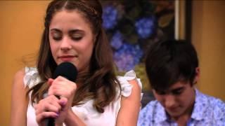 "Seriál Violetta na Disney Channel - Violetta zpívá ""En Mi Mundo"" v baru (Epizoda 19)"