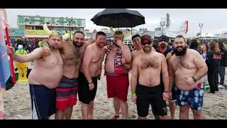 Viking Army Plunges For Special Olympics