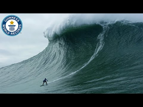 Largest Wave Surfed by a Female