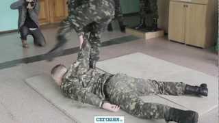Бизнесмен на день стал солдатом Президентского полка