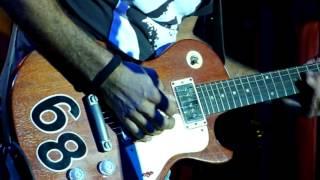 EMPTY BOTTLES - RATTLESNAKE SHAKE (FLEETWOOD MAC)