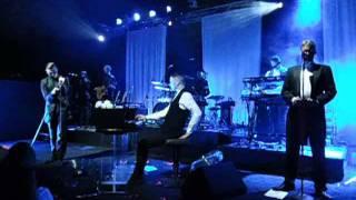 HURTS – Silver Lining (Secret Gig München 05.07.2011)