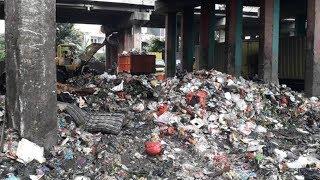 Kolong Tol Wiyoto Wiyono Dipenuhi Sampah, Pemkot DKI Minta Warga Bikin Bank Sampah