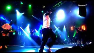 Akon - Mama Africa live in london