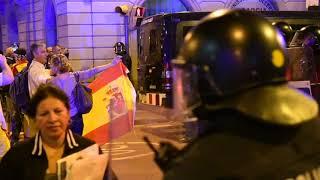 Enfrentamientos entre grupos independentistas y ultras de extrema derecha
