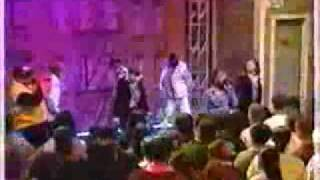 702 - Steelo (Live) (Featuring Missy Elliott)