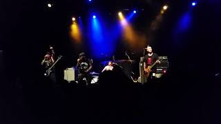 Abrasive Wheels - When The Punks Go Marching In Live