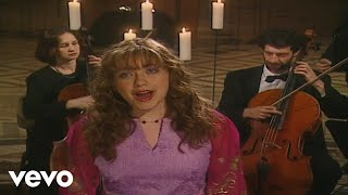 Charlotte Church - Draw Tua Bethlehem - Far Over Bethlehem (Dormition Abbey 2000)