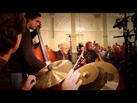 play video:Ralph Rousseau & Friends: La chanson des vieux amants