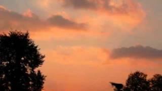 Angelo Branduardi - Ora che il giorno è finito.wmv