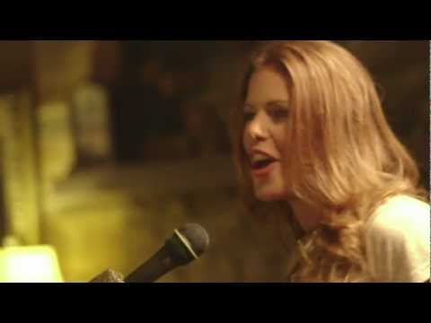 Tori Darke - Cut Me Loose (Official Music Video)