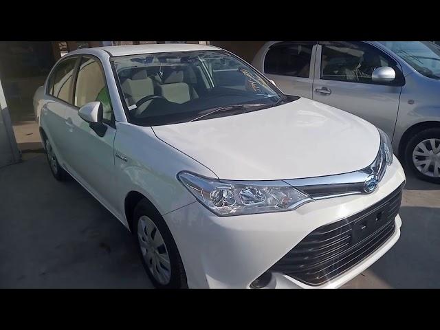 Toyota Corolla Axio Hybrid 1.5 2017 for Sale in Gujranwala