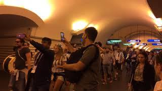 Argentine fans sing_world Cup 2018/Болельщики из Аргентины поют в метро Невский проспект