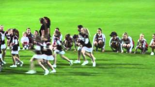 preview picture of video 'Bianca - Cheerleader Auftritt beim Fußballmatch Schwechat SV : Wiener SK'