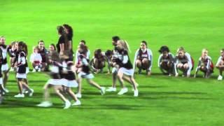 preview picture of video 'Bianca - Cheerleader Auftritt beim Fußballmatch Schwechat SV : Wiener SK'