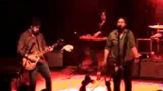 DRIVE BY TRUCKERS - PUTTING PEOPLE ON THE MOON