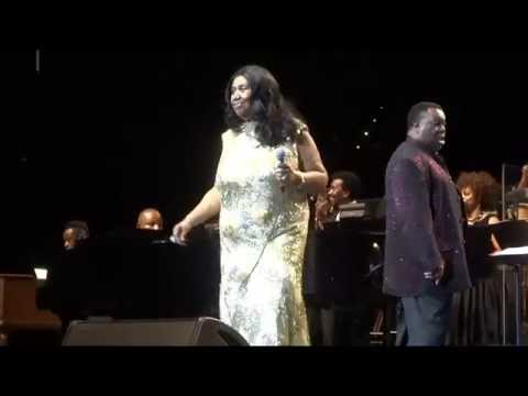 """Respect"" (Live)  - Aretha Franklin - Oakland, Oracle Arena - August 10, 2015 Mp3"