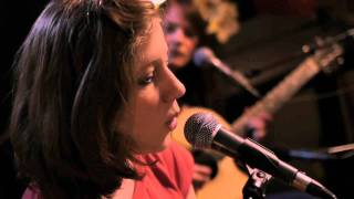 Anna Aaron - Sea Monsters (Live)