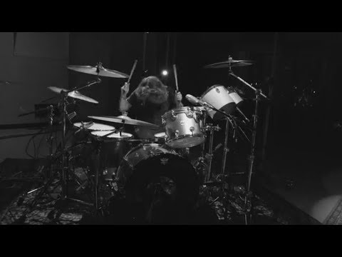 Dave Grohl Play Drums In Master Version