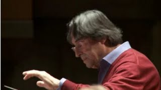 Riccardo Muti Conducts the Philharmonia Orchestra