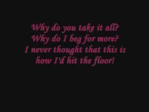 Hit the Floor lyrics