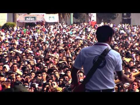 """Hummersqueal - 200 Años (Feat. Javier Blake) @ Vive Latino 2011 """"Full HD"""""""
