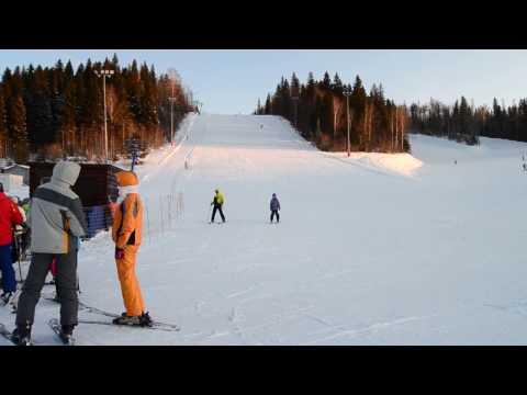 Видео: Видео горнолыжного курорта Павловский Парк в Башкортостан