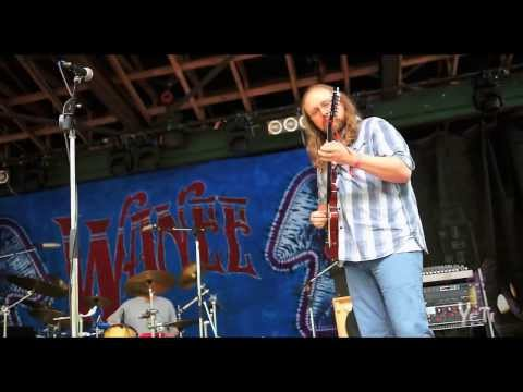 "The Yeti Trio jams ""The Spazzy Lamba"" at Wanee 2013 (full song)"